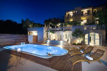 Tučepi, Makarska, Obiekt 6817 - Apartamenty ze żwirową plażą.