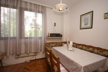 Gradac, Dining room in the apartment, WIFI.