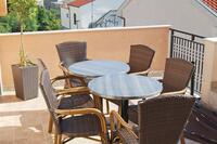 Апартаменты и комнаты с парковкой Makarska - 6834