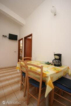 Makarska, Jadalnia w zakwaterowaniu typu apartment, Dostępna klimatyzacja i WiFi.