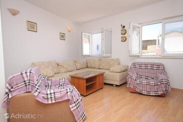 Baška Voda, Living room in the apartment, dostupna klima, dopusteni kucni ljubimci i WIFI.