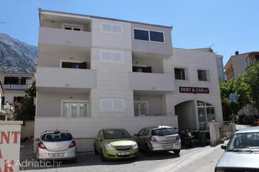Baška Voda, Makarska, Property 6848 - Apartments near sea with pebble beach.