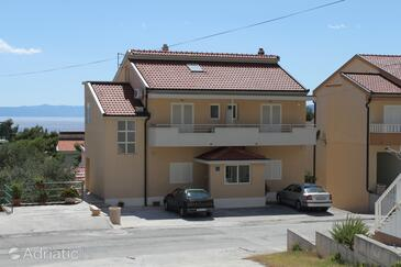 Makarska, Makarska, Property 6850 - Apartments with pebble beach.
