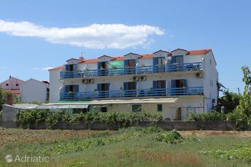 Sućuraj, Hvar, Alloggio 6852 - Appartamenti affitto vicino al mare con la spiaggia ghiaiosa.