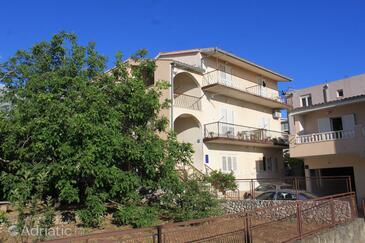 Baška Voda, Makarska, Property 6854 - Apartments with pebble beach.