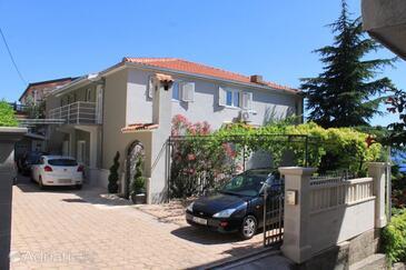 Baška Voda, Makarska, Property 6855 - Apartments and Rooms near sea with pebble beach.