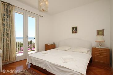 Baška Voda, Bedroom in the room, dopusteni kucni ljubimci i WIFI.