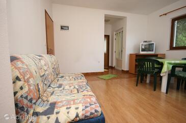 Živogošće - Porat, Living room in the apartment, dopusteni kucni ljubimci i WIFI.