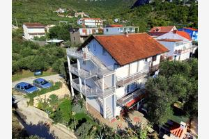 Apartments with a parking space Gradac (Makarska) - 6881