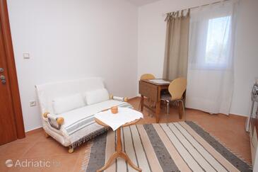 Brodarica, Dining room in the apartment, dostupna klima, dopusteni kucni ljubimci i WIFI.