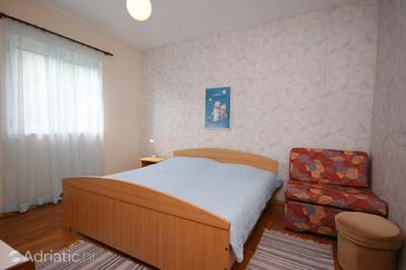 Živogošće - Mala Duba, Bedroom in the room, dopusteni kucni ljubimci i WIFI.