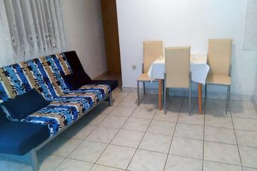 Podaca, Dining room in the studio-apartment.