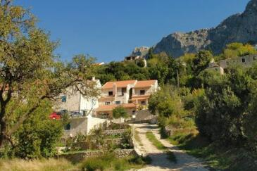 Gornja Podgora, Makarska, Property 6910 - Apartments with pebble beach.