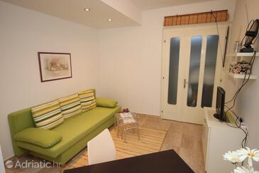 Podgora, Obývací pokoj v ubytování typu apartment, WiFi.