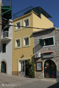 Igrane, Makarska, Property 6914 - Vacation Rentals near sea with pebble beach.