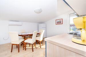 Appartamenti con parcheggio Razanac, Zara - Zadar - 6919