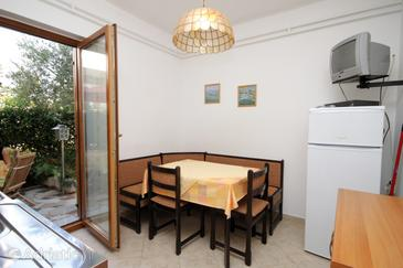Novigrad, Dining room in the apartment.