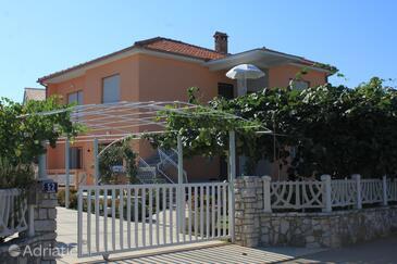 Valbandon, Fažana, Property 6941 - Apartments with pebble beach.
