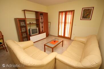 Vabriga, Living room in the apartment, dostupna klima.