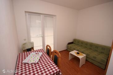 Funtana, Dining room in the apartment, dopusteni kucni ljubimci.
