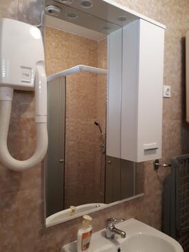 Bathroom    - A-6948-c