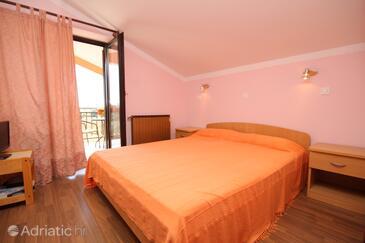Novigrad, Ložnice v ubytování typu room, domácí mazlíčci povoleni a WiFi.