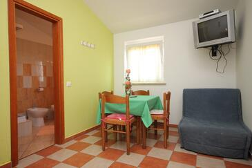 Novigrad, Dining room in the apartment, dopusteni kucni ljubimci.