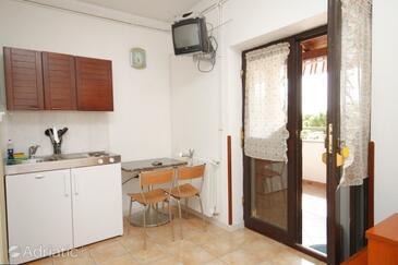 Vabriga, Dining room in the studio-apartment, dopusteni kucni ljubimci i WIFI.