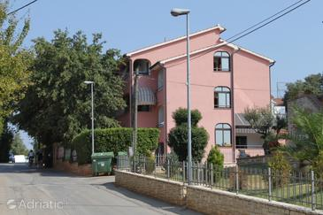 Vabriga, Poreč, Property 6980 - Apartments and Rooms with pebble beach.