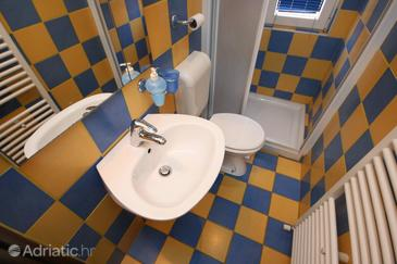 Bathroom 2   - A-6986-a