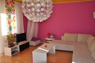 Living room    - A-6986-a