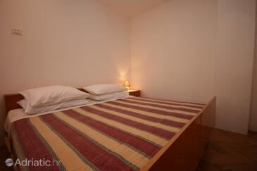 Bedroom    - A-6987-b
