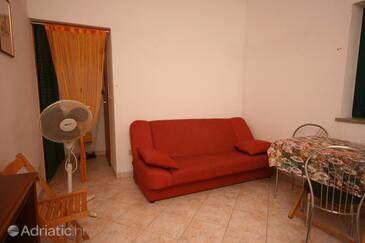 Funtana, Living room in the studio-apartment.