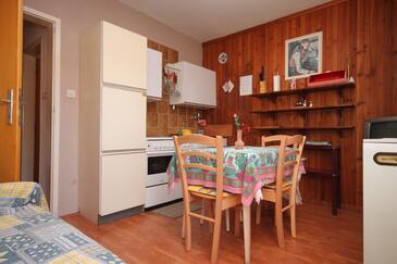 Umag, Salle à manger dans l'hébergement en type apartment, WiFi.