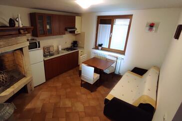 Umag, Jídelna v ubytování typu apartment, dopusteni kucni ljubimci i WIFI.
