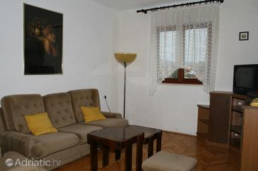 Postira, Living room in the apartment, dopusteni kucni ljubimci i WIFI.