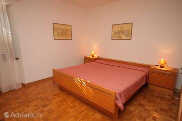 Bedroom    - A-7003-a