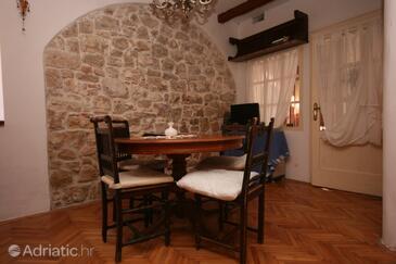 Vrsar, Dining room in the apartment, dopusteni kucni ljubimci i WIFI.