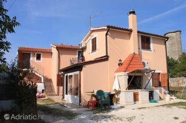 Vrsar, Poreč, Property 7021 - Apartments with rocky beach.
