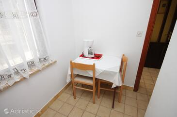 Vrsar, Dining room in the apartment, dopusteni kucni ljubimci.