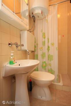 Bathroom    - A-7023-c
