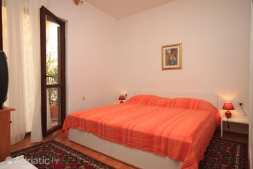 Bedroom    - A-7023-c