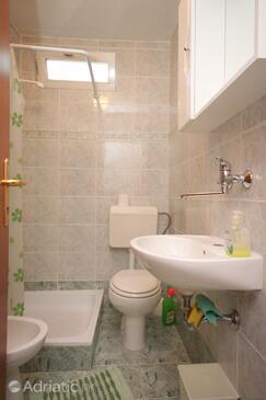 Bathroom    - A-7024-b