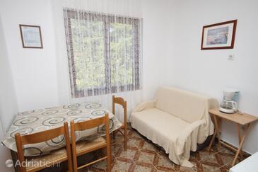 Poreč, Jídelna v ubytování typu studio-apartment, s klimatizací a WiFi.