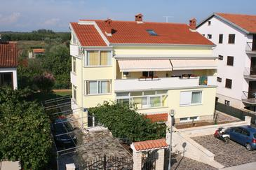 Umag, Umag, Property 7027 - Apartments with sandy beach.