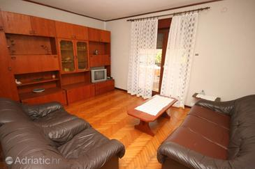 Umag, Living room in the apartment, dopusteni kucni ljubimci i WIFI.