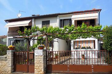 Poreč, Poreč, Alloggio 7033 - Appartamenti affitto con la spiaggia ghiaiosa.