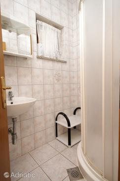 Bathroom    - A-7037-a