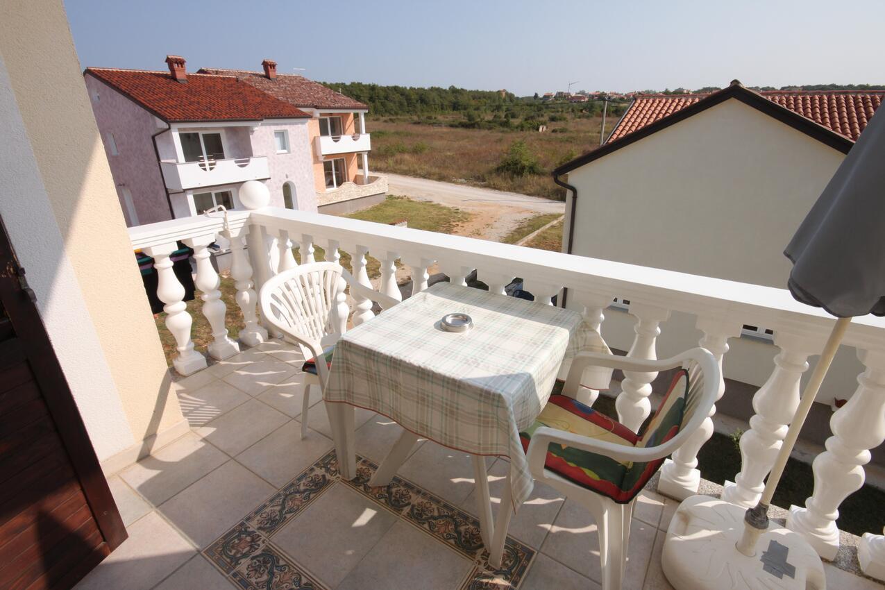Studio Appartment im Ort Novigrad (Novigrad), Kapa Ferienwohnung in Kroatien