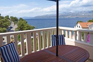 Apartments by the sea Postira (Brač) - 705